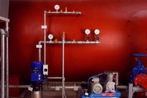 Sicherheitsventile sind sicherheitsrelevante Bauteile und haben die Funktion, Überdruck in einem geschlossenen System abzubauen und somit Schaden vom System abzuwenden. An der Brandschutzanlage sind sie in den Zuleitungen zum Druckluftwasserbehälter (luft und wasserseitig) und in der Zuleitung zum Trockenrohrnetz (luftseitig) zu finden.