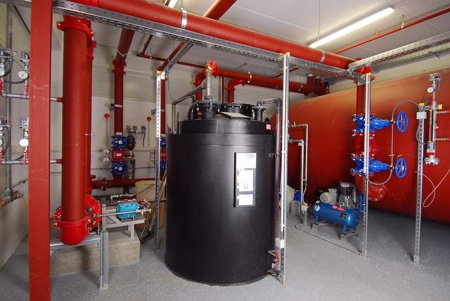 Brandschutz Feuerschutz Calanbau Schaumbehälter